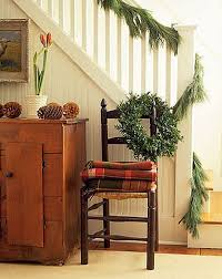 Decorating Banisters For Christmas Christmas Banister Ideas Simple Christmas Decorating Garland