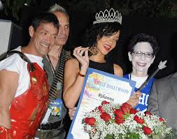 rihanna is crowned queen of halloween by west hollywood 1