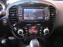 2015 nissan juke interior 2015 chevrolet trax vs 2015 nissan juke autoguide com news