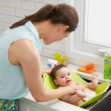 Babies In A Bathtub The Best Bath Tubs For Newborns And Babies
