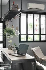 le suspendue cuisine étagère suspendue et fenêtre style verrière déco
