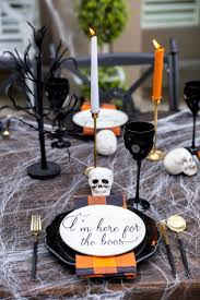 Halloween Block Party Ideas by Best 25 Halloween Menu Ideas On Pinterest Halloween Buffet