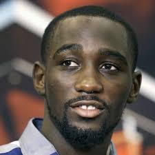 solar plexus punch boxing terence crawford beats julius indongo via knockout in 3rd round
