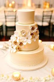 wedding plates for sale wedding cake plate s plates for sale how to stack a with separator