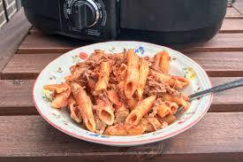 cuisine à la mijoteuse one pot pasta à la mijoteuse l anarchie culinaire selon bob le chef