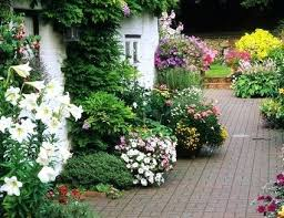 Cottage Gardening Ideas How To Plant A Cottage Garden Cottage Garden Plant Supports