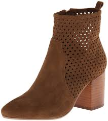 s boots amazon amazon com report signature s travi boot ankle bootie