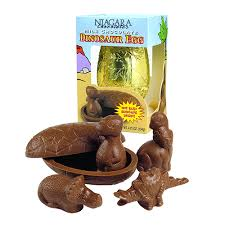 chocolate dinosaur egg milk chocolate dinosaur egg 4 75 oz box great