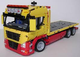 techlug fr review lego technic 42008 camion remorqueur lego