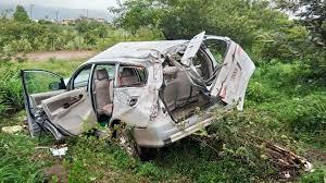 one dead 3 injured in mumbai pune expressway accident pune news