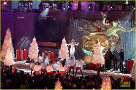 rockefeller tree lighting 2017 performers mariah carey rockefeller center christmas tree lighting 2013