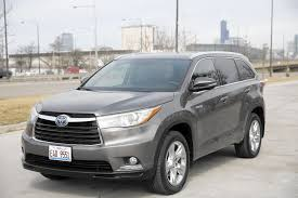 toyota highlander 2015 toyota highlander hybrid skimps on fuel but nothing else