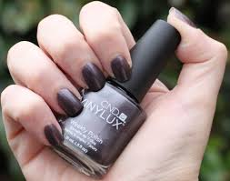 cnd vinylux vexed violette 156 by swatchfest
