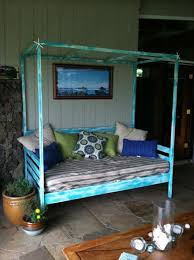 Wooden Outdoor Daybed Furniture - 16 recycled outdoor wood furniture ideas newnist