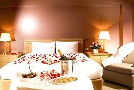 bedroom candles romantic bedrooms with candles and flowers ianwalksamerica com