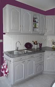 mur cuisine aubergine cuisine couleur aubergine élégant cuisine cuisine blanche mur violet