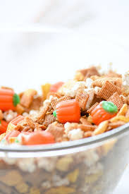 kara s ideas easy thanksgiving pumpkin chex mix recipe