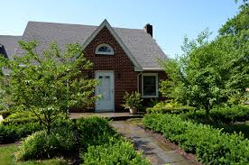 landscaping front yard landscaping ideas for cape cod style homes