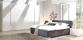Wandgestaltung Schlafzimmer Bett Schlafzimmer Mit Dachschrge Gestaltet Style Rodmansc Org