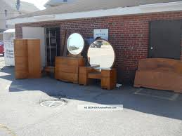 Antique Finish Bedroom Furniture by Palliser Furniture 6pc Bedroom Suite Oak Finish For Sale From