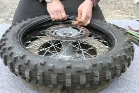 chambre a air demontage remontage d un pneu avec chambre a air en moins de 3 mn