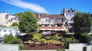 la côte saint jacques 5 star hotel 2 star michelin restaurant