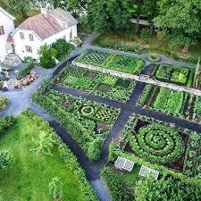 Herb Garden Layout Ideas Ideal Garden Layout Colonial Style Cottage Garden Ideal Herb