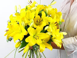 Yellow Lilies Yellow Lilies Flowers Online Janes Flower Shop