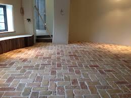 installing terracotta floor tile
