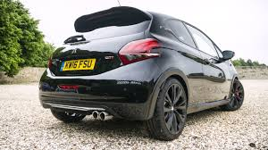 peugeot 208 gti newmotoring the peugeot 208 gti by peugeot sport has a real charm
