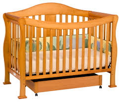 Toddler Rail For Convertible Crib Davinci 4 In 1 Convertible Crib In Reddish Oak W Toddler