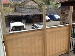 windschutz balkon plexiglas windschutz anbringen