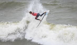 weslley dantas literally above the field on day 2 in santa