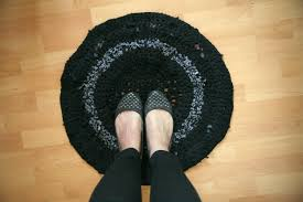 gray crochet rug round shape cotton yarn material soft texture full size of decoration lovely t shirt yarn crochet rug round shape black gray floral