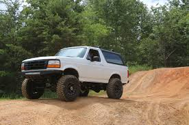 prerunner bronco vwvortex com ford vs chevy the age old debate