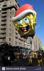 spongebob squarepants balloon out and about for macy s thanksgiving
