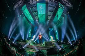 ed sheeran tour 2017 ed sheeran tours with clay paky alia