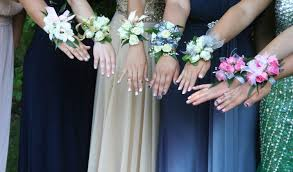prom flowers how to find the homecoming prom flowers the times