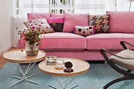 sofa rosa 20 salas sofá rosa constance zahn casa decor