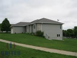 united real estate solutions inc property detail 400 essex