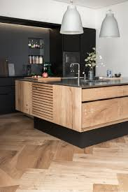 handmade kitchen islands model dinesen køkkenø med linoleums højskabe garde hvalsoe