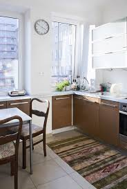 how to choose kitchen essentials for a small space