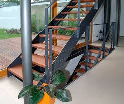 keller treppen staircase wooden steps metal frame without risers