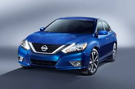 nissan altima 2015 bumper 2016 nissan altima first look review motor trend