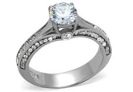 difference between engagement and wedding ring difference between engagement and wedding rings for
