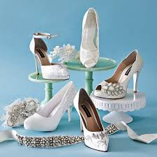 Wedding Shoes Singapore Gold Clutches To Stylish Flat Shoes 22 Chic Bridal Accessories