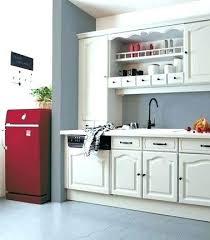 repeindre meuble cuisine laqué peinture pour element de cuisine quelle couleur de peinture pour une