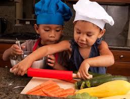 les enfants en cuisine conseils de sécurité pour la cuisine avec les enfants p g au