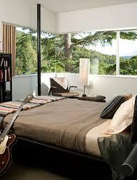 chambre lumiere chambre à coucher grandes fenetres chambre masculine lumiere 50