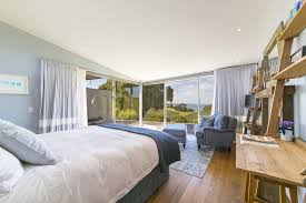 green rooms hotel waiheke luxury blue and green rooms ostend new zealand
